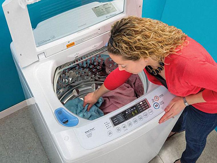Máy giặt rung lắc dữ dội là do cái gì ?