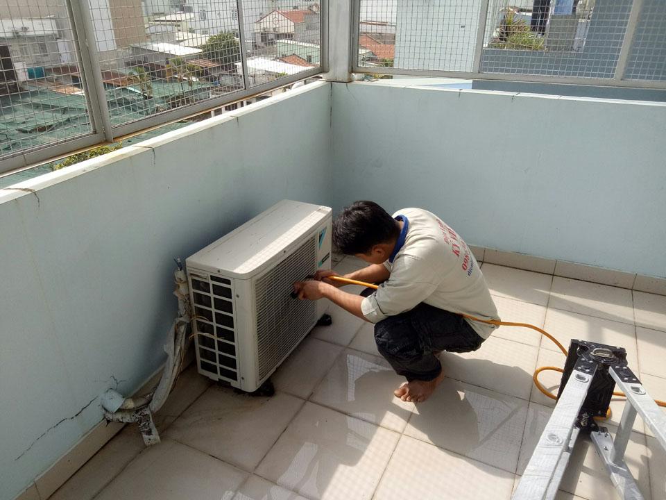 sửa máy lạnh dĩ an